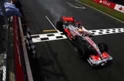 F1: Αγγλία: Ρετιρέ για τρεις!