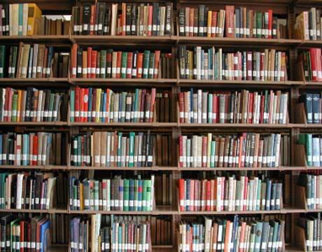Επέστρεψε το βιβλίο στην βιβλιοθήκη μετά από 46 χρόνια