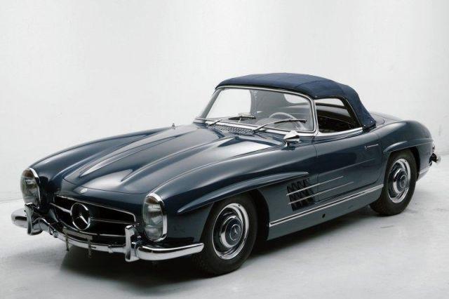 Στις 405.000€ δημοπρατήθηκε μία Mercedes-Benz 300SL Roadster στον Πειραιά