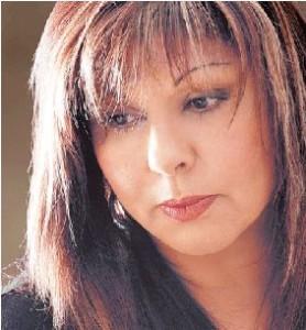 Λένα Μαντά η συγγραφέας των best seller