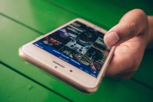 Σειρές, μέσα κοινωνικής δικτύωσης και παράνοια