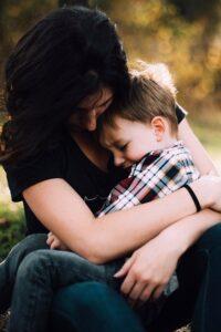 Πως επηρεάζει η υπερπροστασία των γονιών τα παιδιά;
